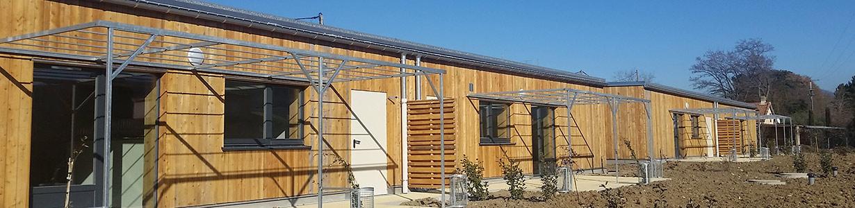 Bâtiment structure bois réalisé par Arbâts, Les Arbres Bâtisseurs