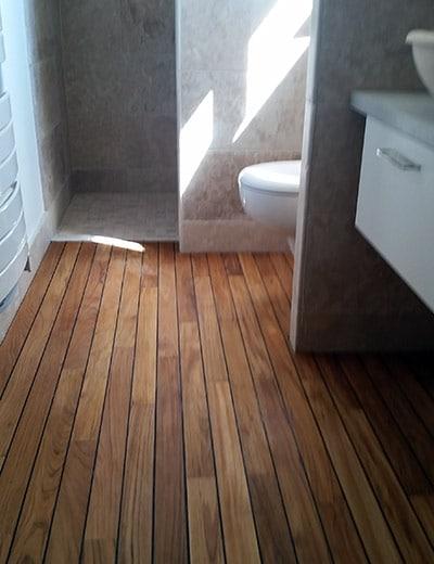 Parquet bois salle de bain